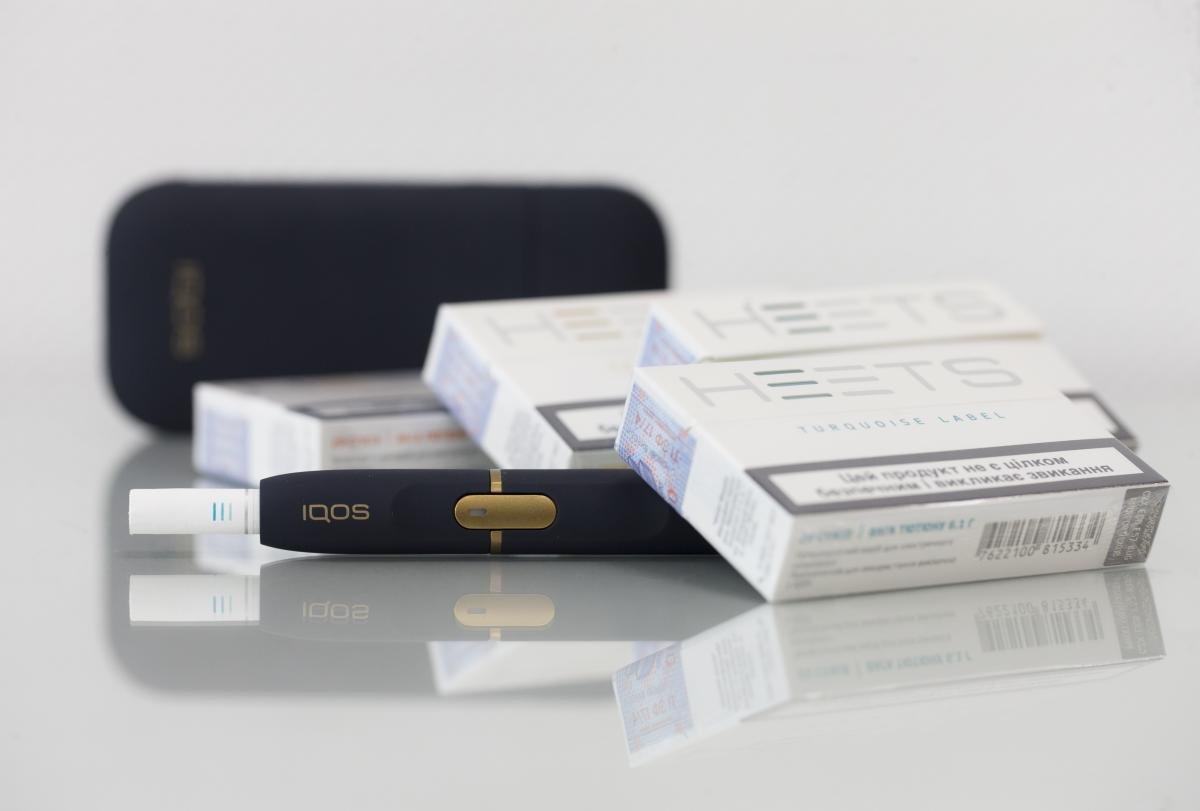 IQOS как альтернатива сигаретам и вейпу: преимущества и недостатки