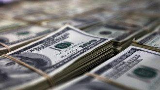 Доллару и евро в Украине натянули курсовой нос