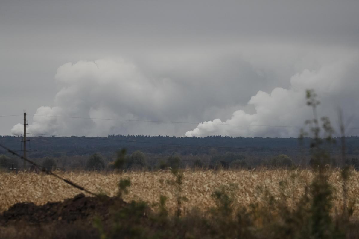 На Черниговщине на военном арсенале прогремели взрывы