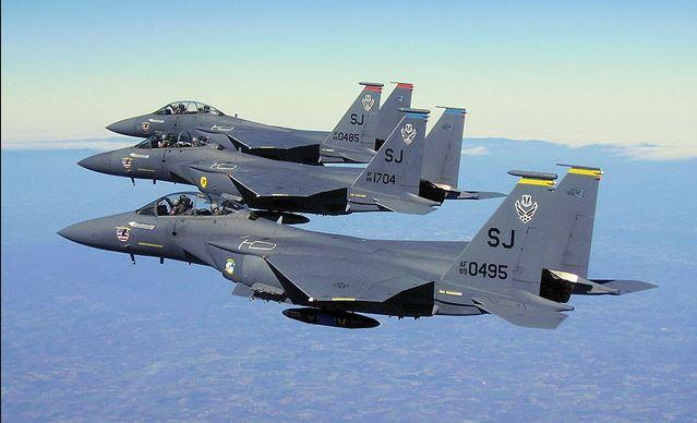 Самолеты F-15