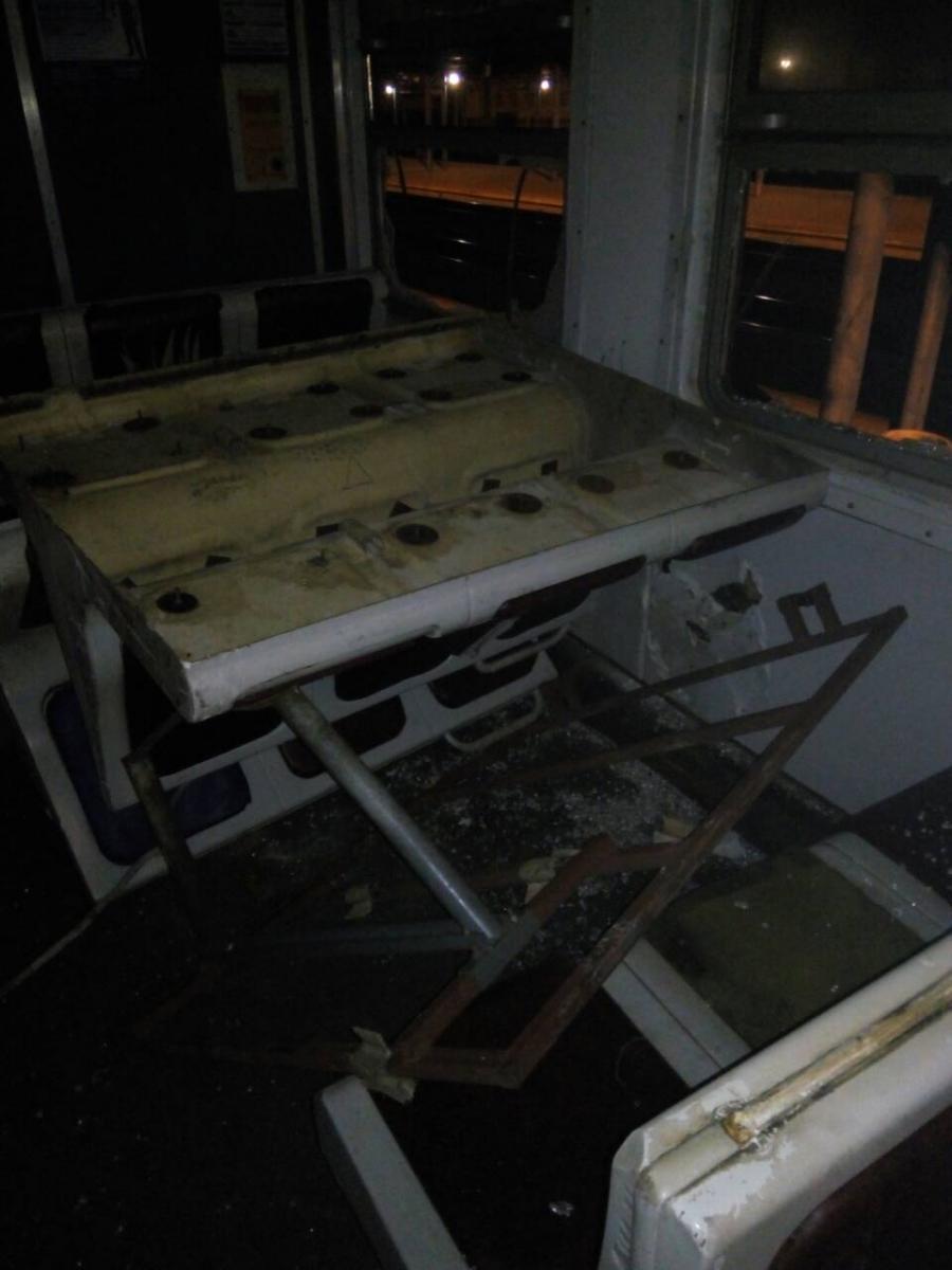 Под Киевом разгромили электричку