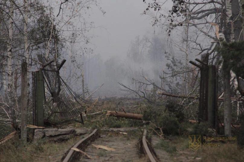 После взрывов на военных складах под Ичней нашли беспилотник