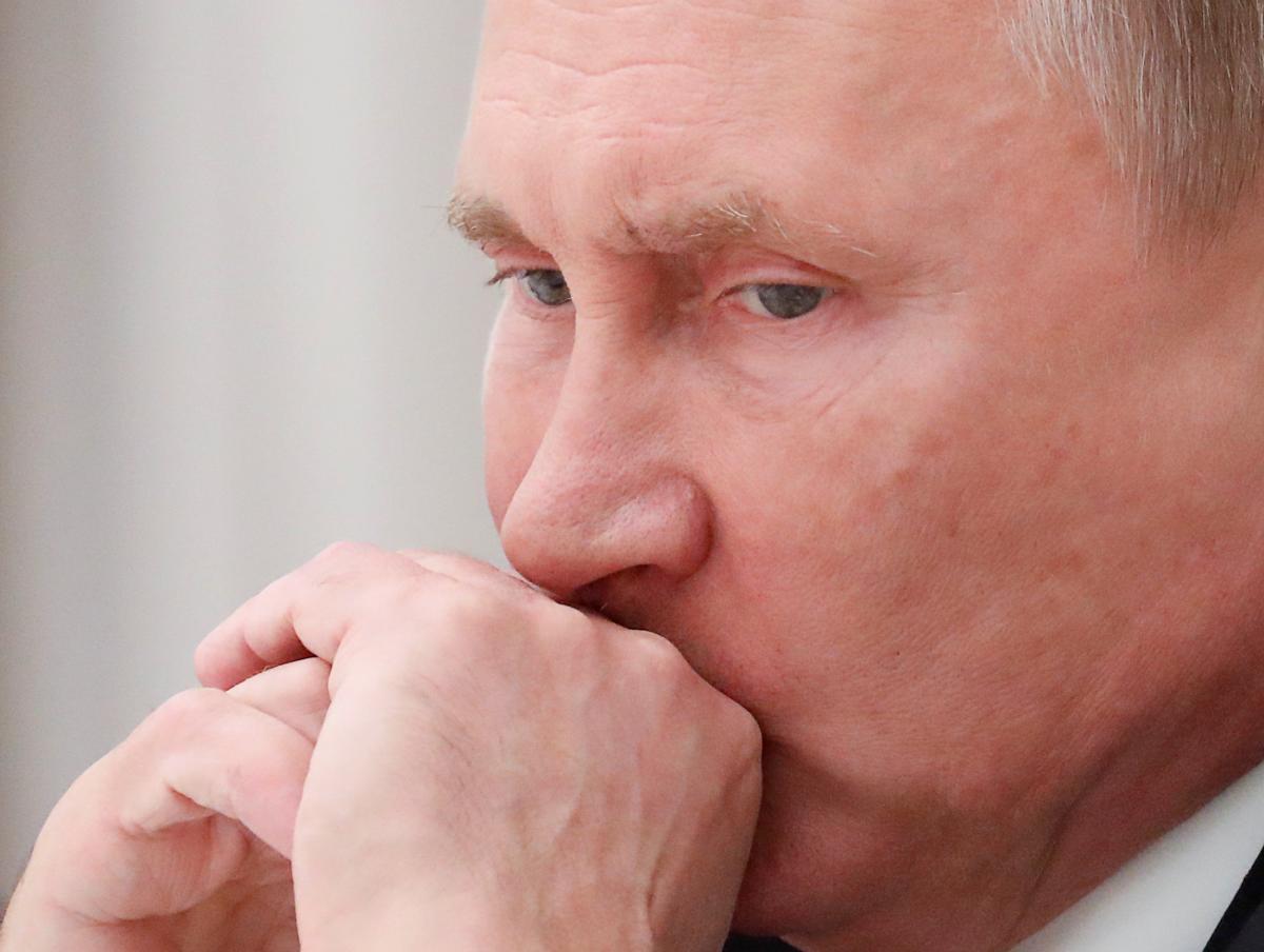По мнению Портникова, Владимир Путин проговорился, что не имеет никакого отношения ни к РФ, ни к русскому народу,