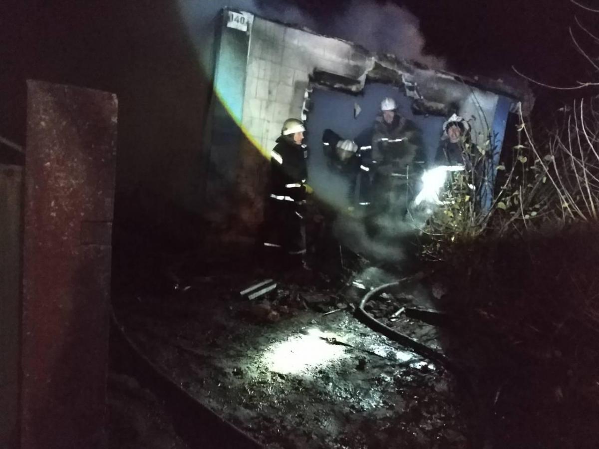 На Запорожье в результате пожара погибли трое детей