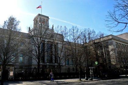 Посольство России, Унтер-дер-Линден
