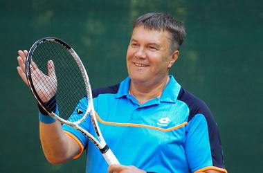 Виктор Янукович, теннис