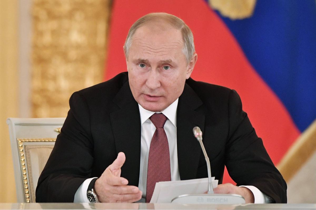 Экс-глава Службы внешней разведки предупредил, что из-за Владимира Путина Украине грозит огромная опасность