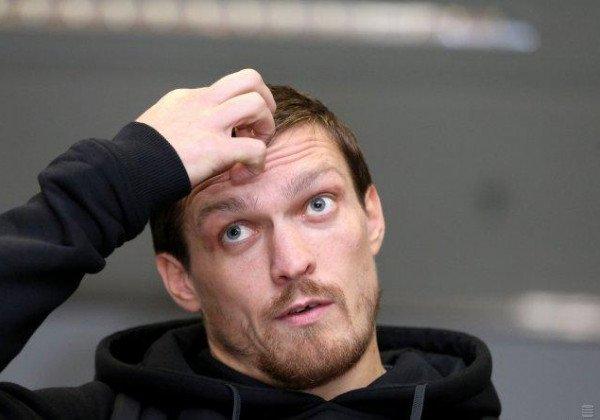 Александр Усик сообщил, что будет боксировать, пока ему это нравится