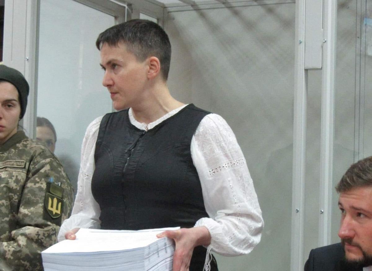 Савченко повезли наоперацию
