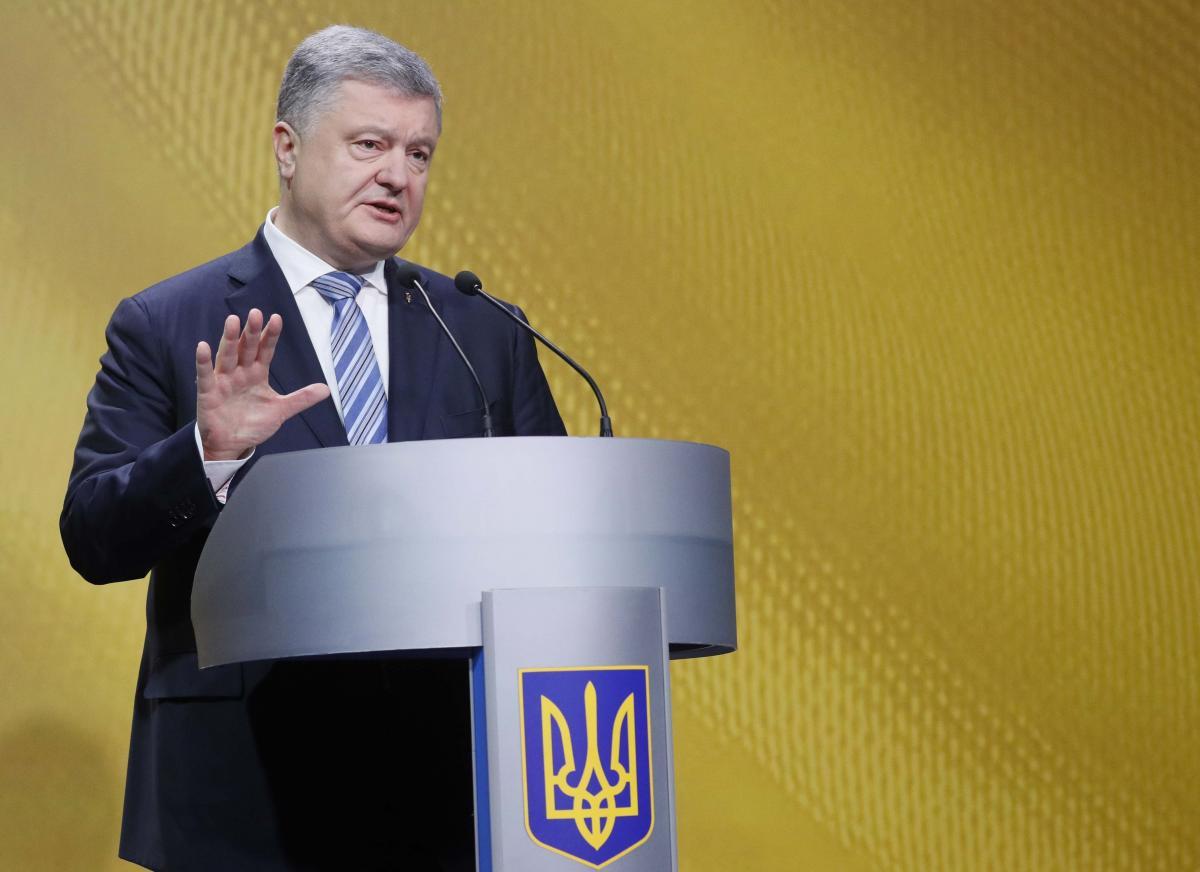 Петр Порошенко утверждает, что проект автокефалии украинской церкви — часть стратегии на выход из сферы влияния России