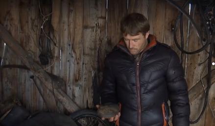 На Ивано-Франковщине на гараж упал метеорит