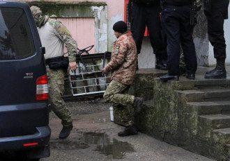 Адвокат сообщил: все захваченные россиянами украинские моряки заявили следствию, что являются военнопленными