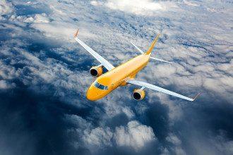На рейсы SkyUp наложен запрет – что теперь будет с туристами