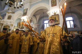 Коронавирус и карантин - нужно ли Богу, чтоб прихожане носили маски