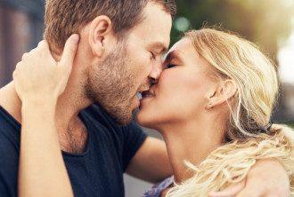 Поцелуи. Иллюстративное фото / Kolobok