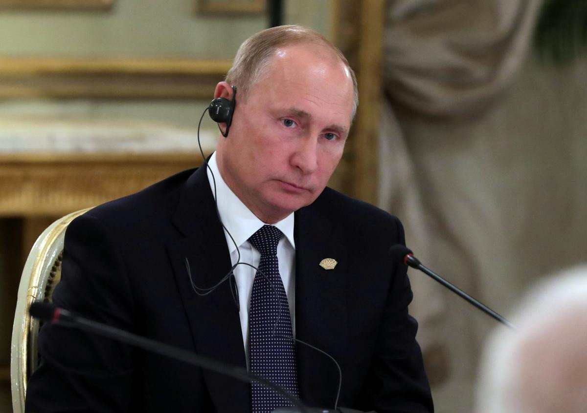Владимир Путин утверждает, что власти Украины хотели, чтобы в Керченском проливе кто-то из их моряков погиб