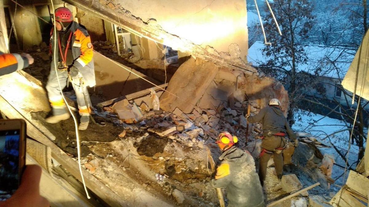 В Фастове в пятиэтажке могли взорваться боеприпасы