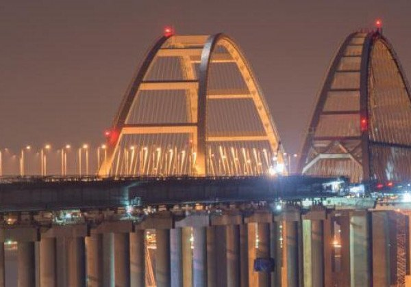 По Крымскому мосту поезда начнут ходить в декабре 2019-го, сообщил Аркадий Ротенберг