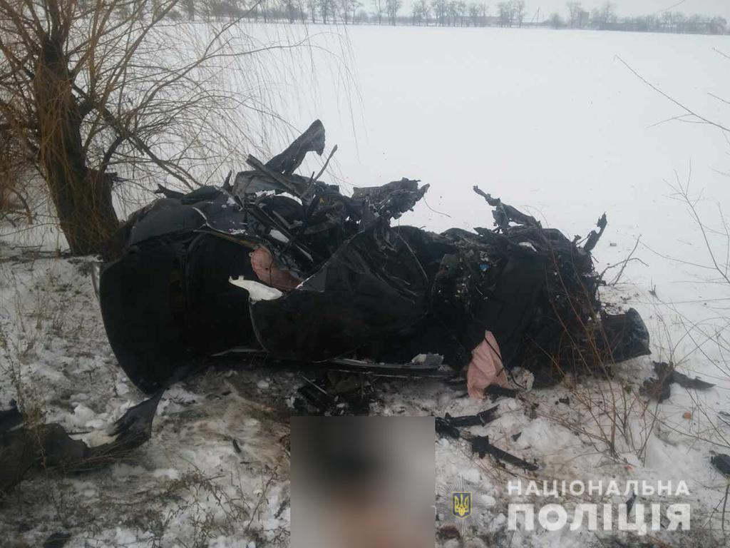 На Николаевщине столкнулись две легковушки, восемь жертв