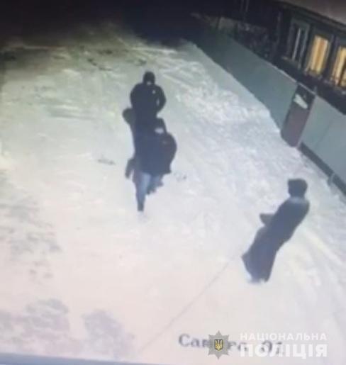 В полиции сообщили, что в Кривом Роге на депутата могли напасть трое мужчин