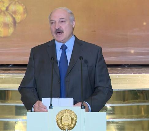 Беларусь ждут непростые годы, считает Александр Лукашенко