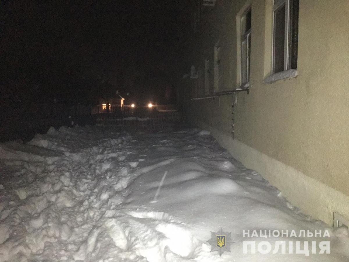 Житель Чугуева сообщил, что выбросил своего сына из окна из-за кошмарного сна
