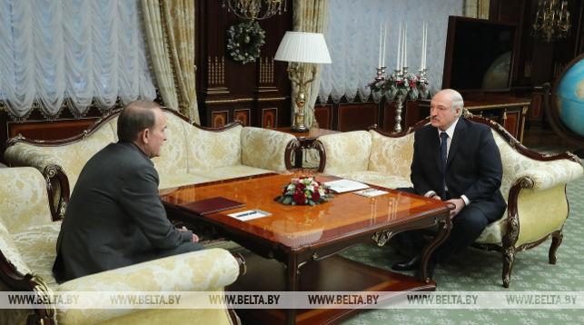 Александр Лукашенко и кум Путина поговорили о конфликте на Донбассе