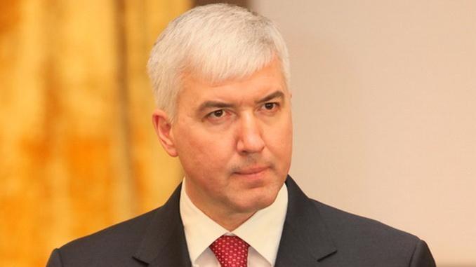 Экс-министра обороны Украины обвинили вгосизмене