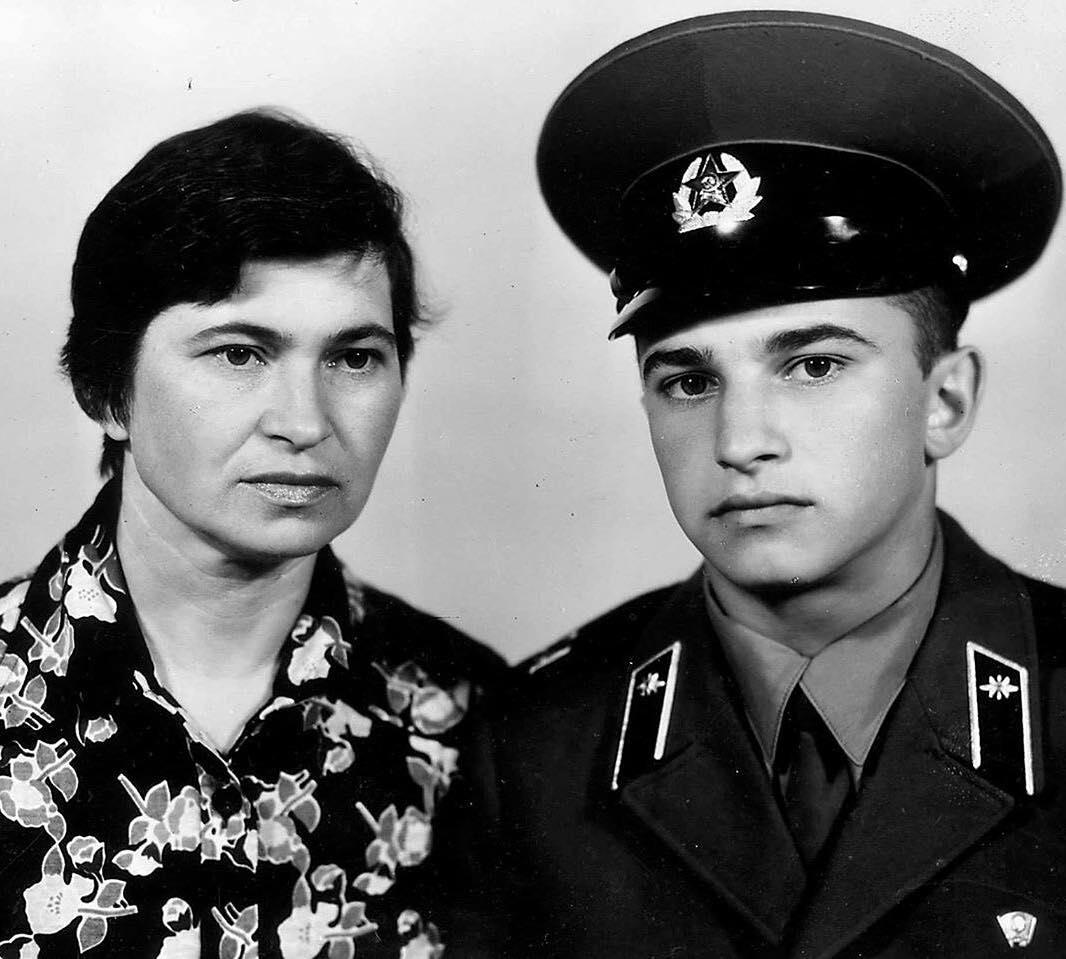 Мама Виктора Павлика