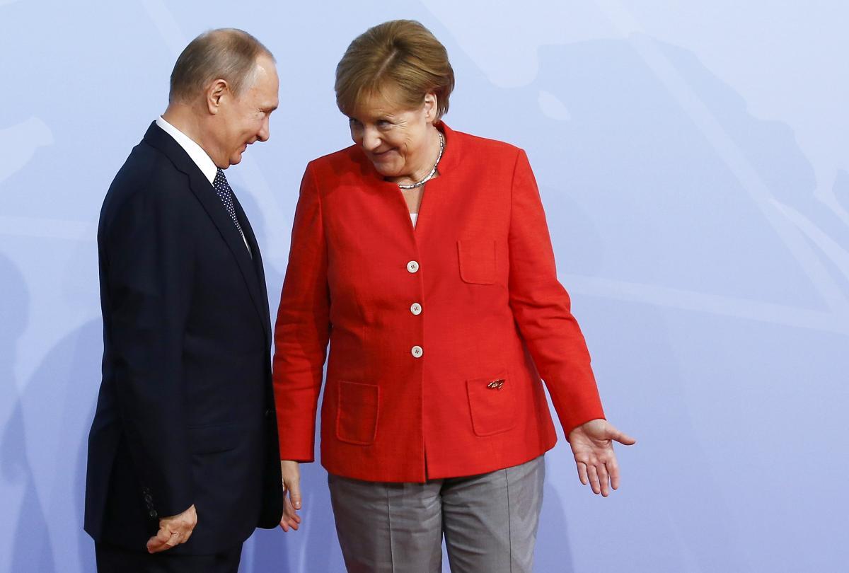 Германия потребовала от РФ вернуть Крым и Донбасс в обмен на возвращение в G8