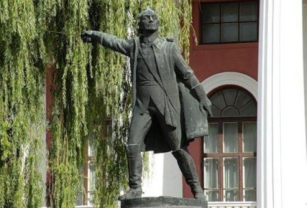 Памятник Суворову в Киеве