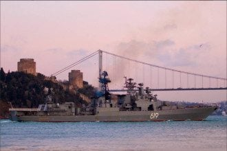 Корабль в Черном море