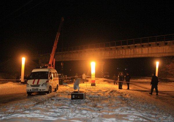 В Донецке неизвестные подорвали железнодорожный мост, утверждают в