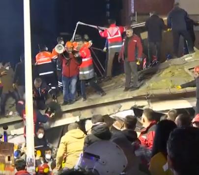 В Стамбуле обрушилась 8-этажка, есть жертвы