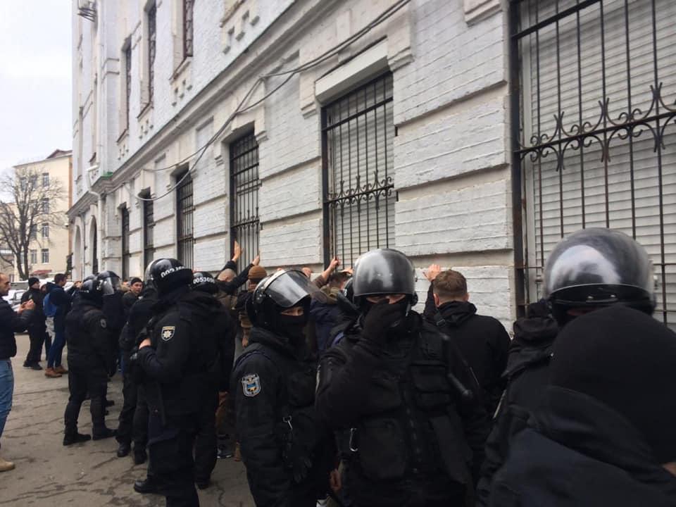 Полицейские наПодоле превысили свои полномочия— Лариса Сарган