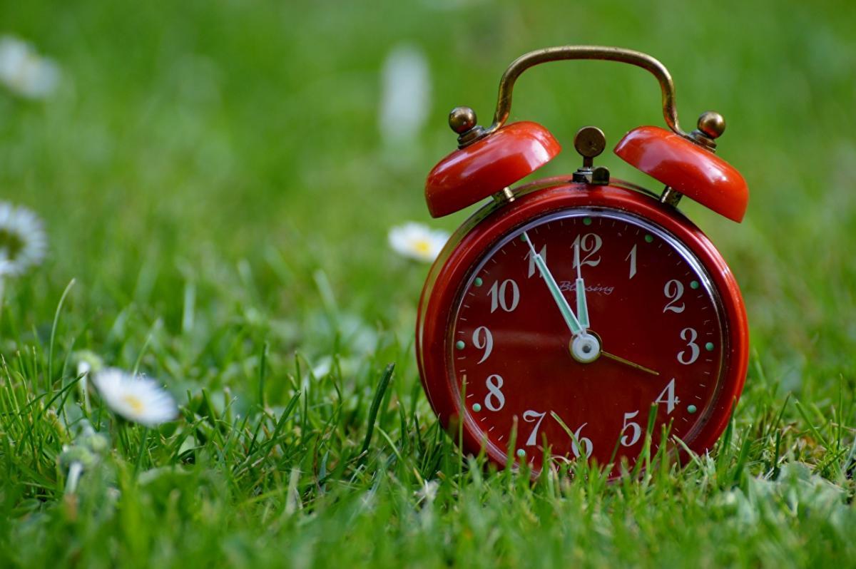 28 березня – свято Землі і переведення годинників на літній час – прикмети
