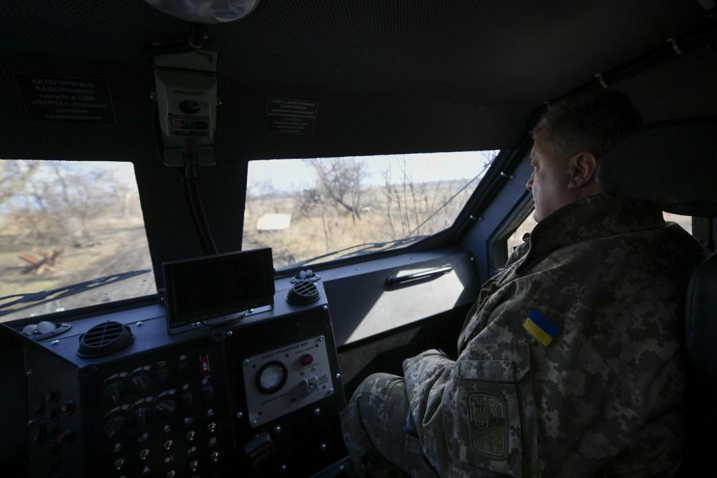 Петр Порошенко сообщил, что на Донбассе от плана Владимира Путина пострадали русскоязычные жители
