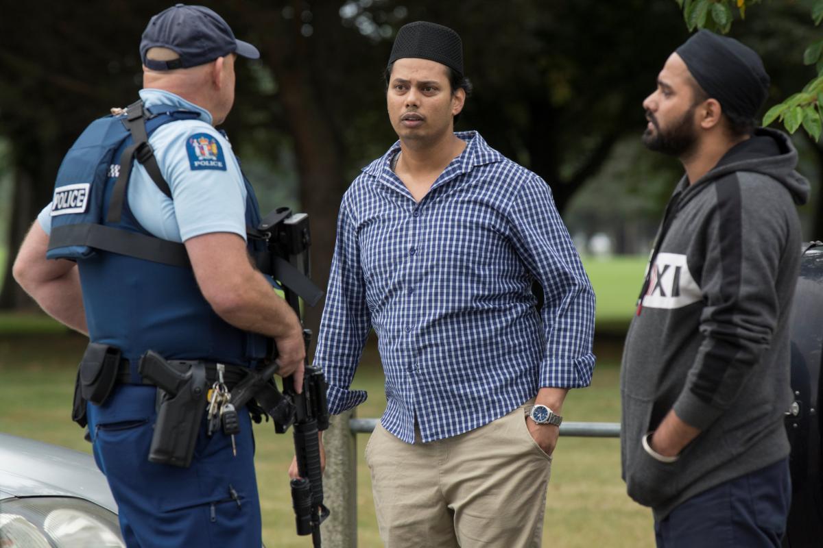 В Новой Зеландии расстреляли в мечетях десятки прихожан