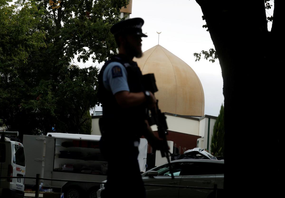 Число жертв теракта в мечетях в Новой Зеландии достигло 50 человек