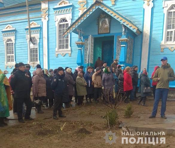ВВинницкой области сторонники новоиспеченной церкви пытались захватить храм УПЦ