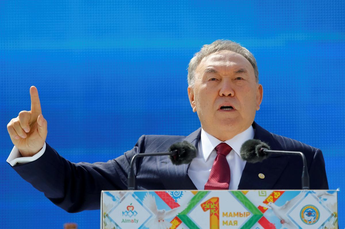 Нурсултан Назарбаев разговаривал с Владимиром Путиным до отставки