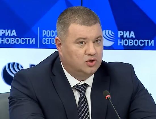 Илья Пономарев спрогнозировал, что в РФ Василия Прозорова куда-нибудь пристроят и забудут