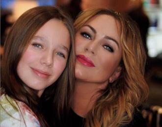12-летняя Вера может унаследовать долги матери / Фото: Instagram/Юлия Началова