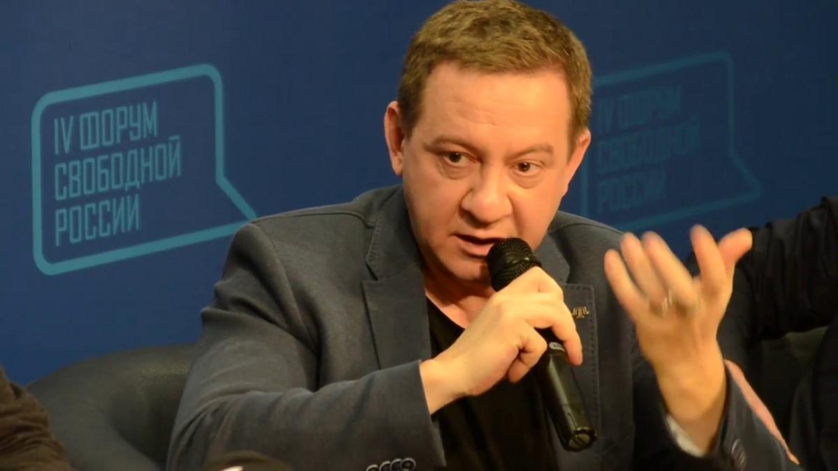 Муждабаєв