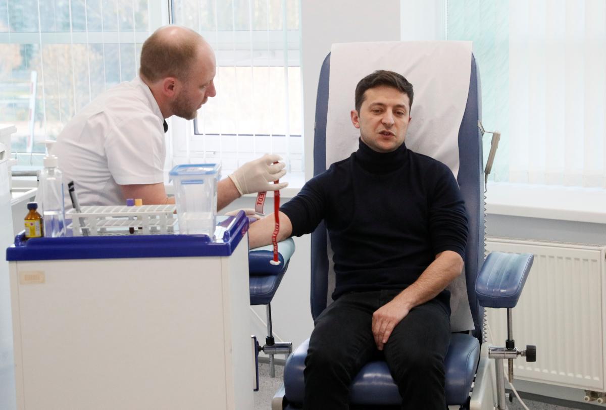 Владимир Зеленский сообщил, что не сдавал анализы в медпункте Олимпийский, поскольку там нет лаборатории