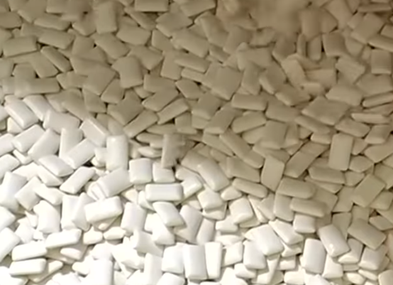 Стоматолог сообщила, что полезны жвачки без сахара