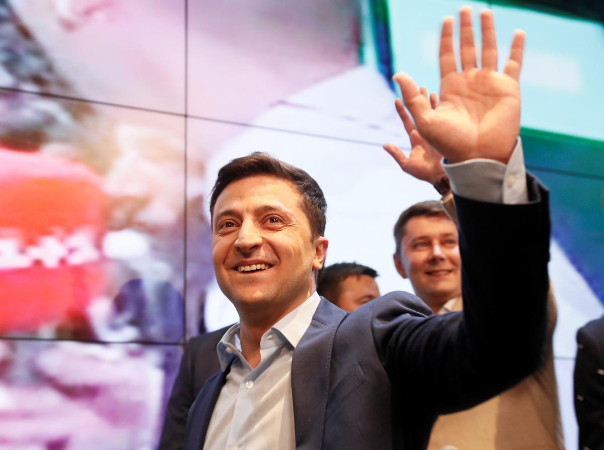 Экономист считает, что после инаугурации Владимира Зеленского в Украине резко не подскочит курс доллара