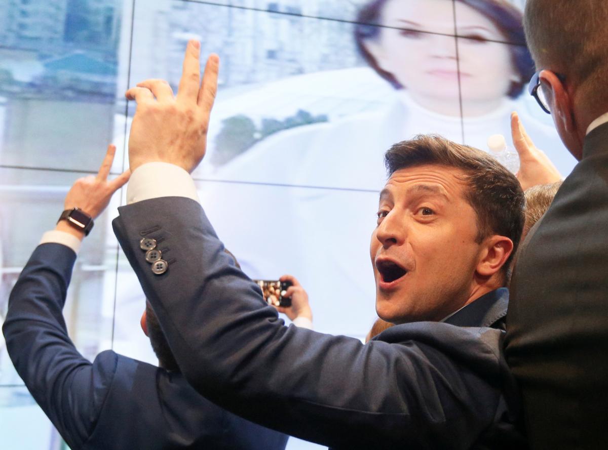 ЦИК обработал свыше 95% протоколов, Петр Порошенко остался далеко позади Владимира Зеленского