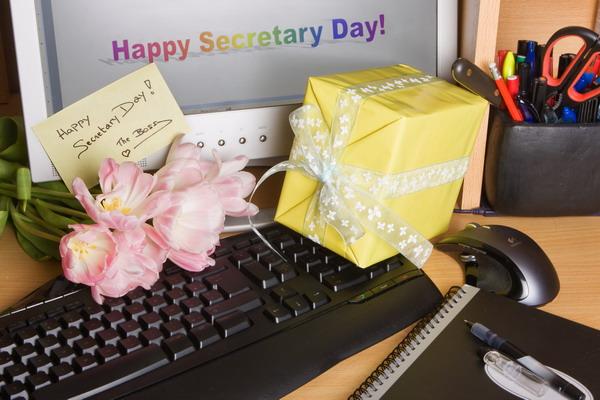 Международный день секретаря – картинки