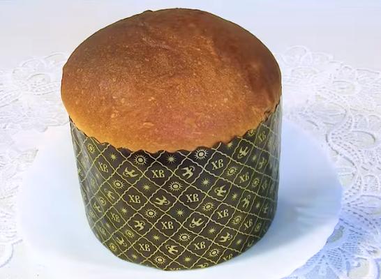 Вкусный пасхальный кулич можно приготовить и в духовке, и в мультиварке